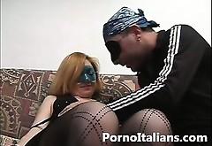 Ditalino E Pompino Tra Moglie E Marito Italiani - Sharing Pertners Play