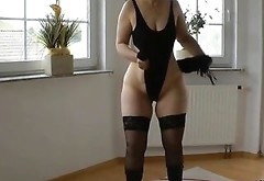 Hot Stepmom Likes To Tease